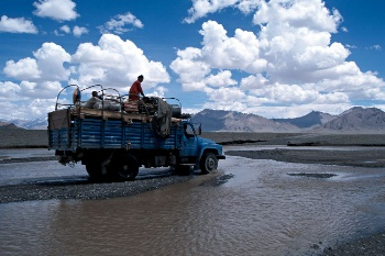 What would Tibet be without the blue truck